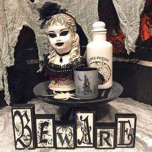 "Black and white ""Beware"" Halloween bundle- 5 pcs"